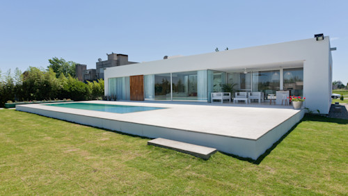 A thoughtful implementation of a tasteful design in a dreamy house