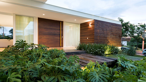Doors for your home entrance (options for security and elegance)