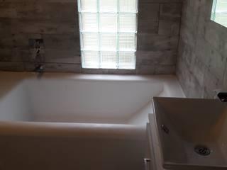 El Chalet reserva: Baños de estilo  por Brand  Arquitecto interiorista paisajista,