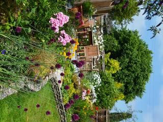 par 1 to one garden design Éclectique