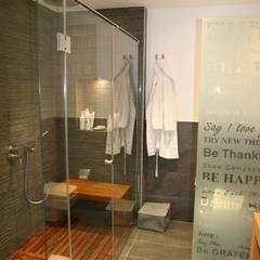 KKS HOUSE:  Bathroom by Esra Kazmirci Mimarlik, Modern