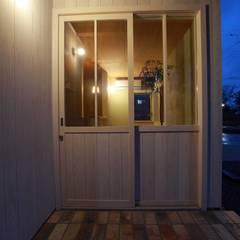Windows by 松デザインオフィス, Scandinavian Wood Wood effect