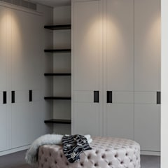 Dressing room by Studio Mark Ruthven