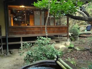 Jardines de estilo ecléctico de 木村博明 株式会社木村グリーンガーデナー Ecléctico