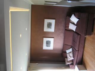 RIZZINELLI & VEZZOLI ARCHITETTI ASSOCIATI SalonesMuebles de televisión y dispositivos electrónicos