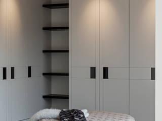 Vestidores y closets de estilo  por Studio Mark Ruthven