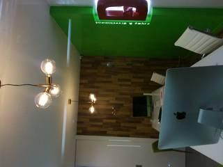 Oficina con estilo propio. Oficinas y tiendas de estilo moderno de Dkl interiorismo Moderno