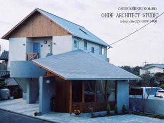 大出設計工房 OHDE ARCHITECT STUDIO Casas estilo moderno: ideas, arquitectura e imágenes Madera Blanco