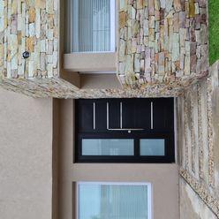 Puerta de ingreso epb arquitectura Puertas y ventanas modernas