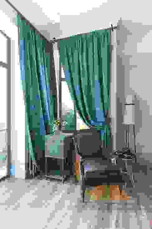Salas de estar clássicas por Александра Клямурис Clássico