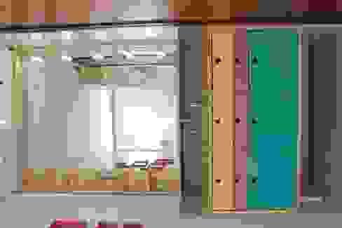 Bathroom by Projeto Bem Bolado, Modern Wood Wood effect