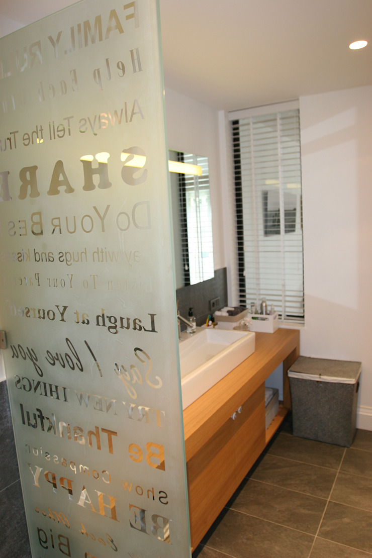 bath Esra Kazmirci Mimarlik Modern bathroom Grey