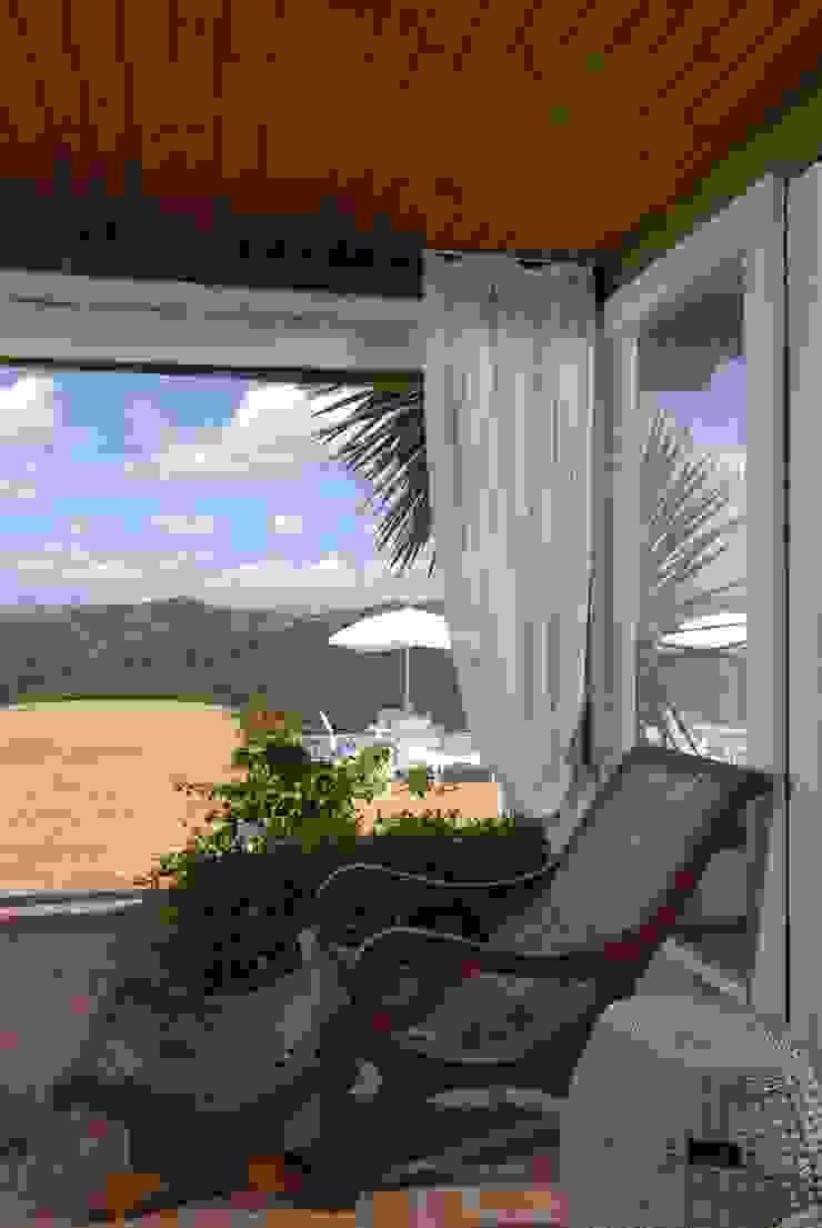 Balcones y terrazas de estilo rústico de Carmen Saraiva Arquitetura Rústico