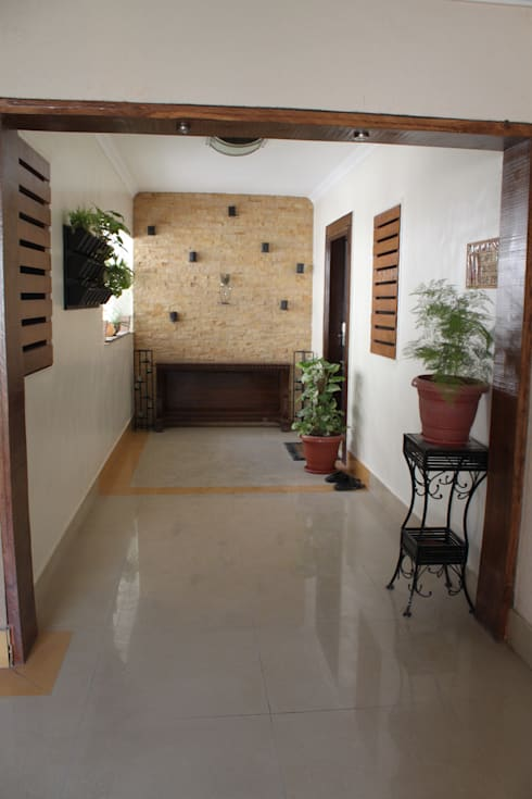 Entrance Lobby:   by Global Associiates