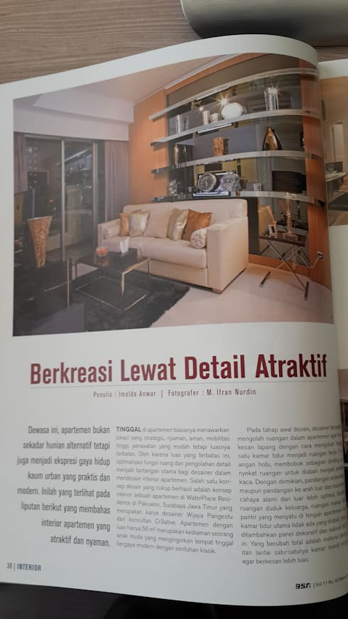 Livingroom area:  Ruang Keluarga by Kottagaris interior design consultant