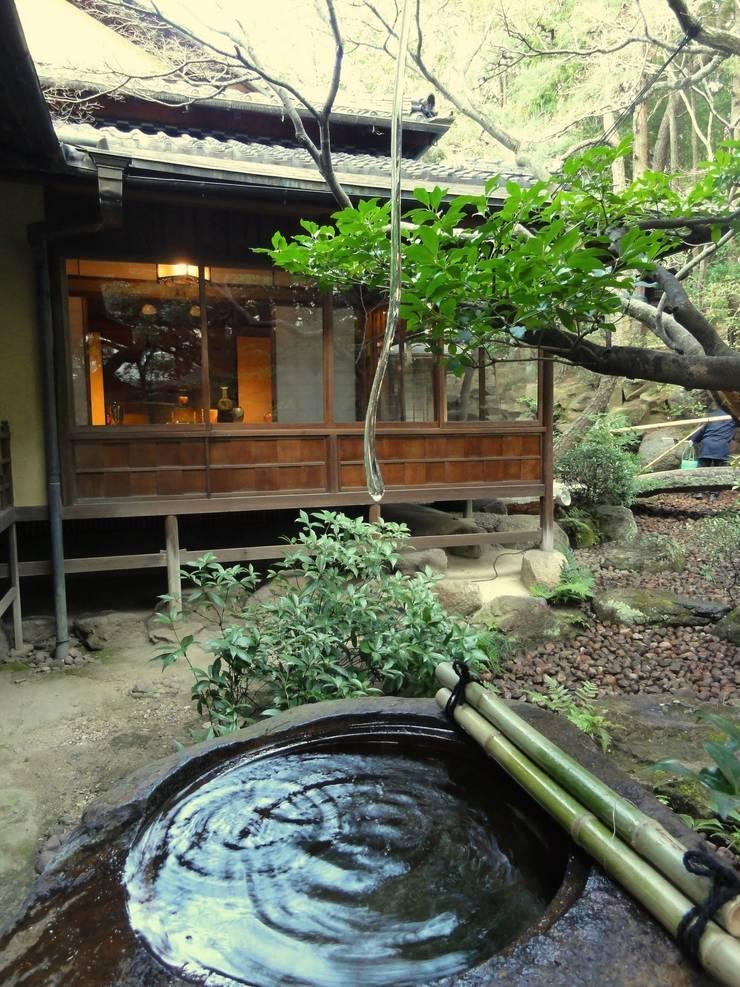ガラスの筧: 木村博明 株式会社木村グリーンガーデナーが手掛けた庭です。