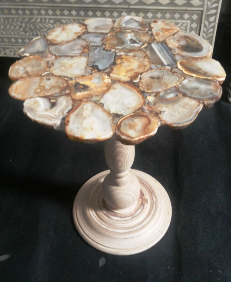 semi-precious stone side table: modern  by india stone,Modern Stone
