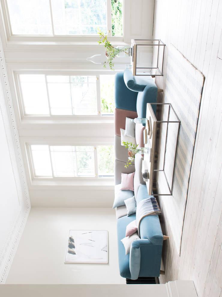 Salas de estilo  por Loaf