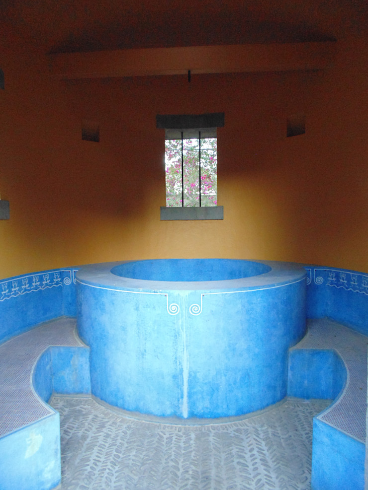 Taller Luis Esquinca Paredes y suelos de estilo rural