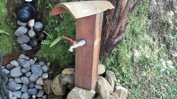 El Chalet reserva: Jardines de piedra de estilo  por Brand  Aquitecto interiorista