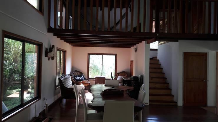 El Chalet reserva: Comedores de estilo  por Brand  Aquitecto interiorista