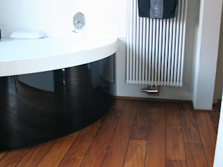 Stumpf Parkett GmbH Modern bathroom Wood Brown
