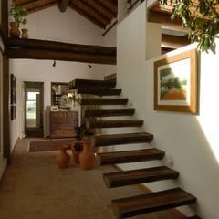 الممر والمدخل تنفيذ Carmen Saraiva Arquitetura