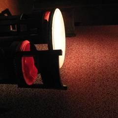 Bar Rouge- Mesa y Pared: Bares y Clubs de estilo  por 1en1arquitectos