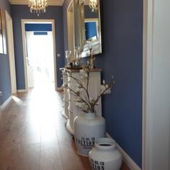 Corridor & hallway by Stilschmiede - Berlin - Interior Design