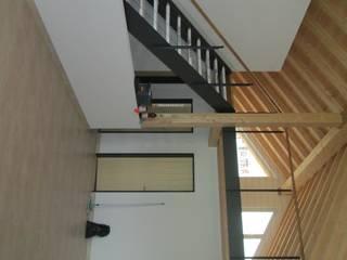 Neubau Einfamilienhaus Fam. Guenzi, 7430 Rongellen:  Wohnzimmer von marabau - Baukoordinationen GmbH