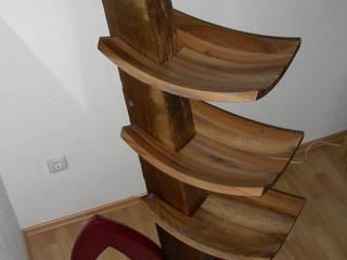 Stehregal:   von Tim Rembold Holzgestaltung