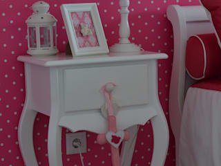 Girls Bedroom by STOOL INTERIORS , Classic