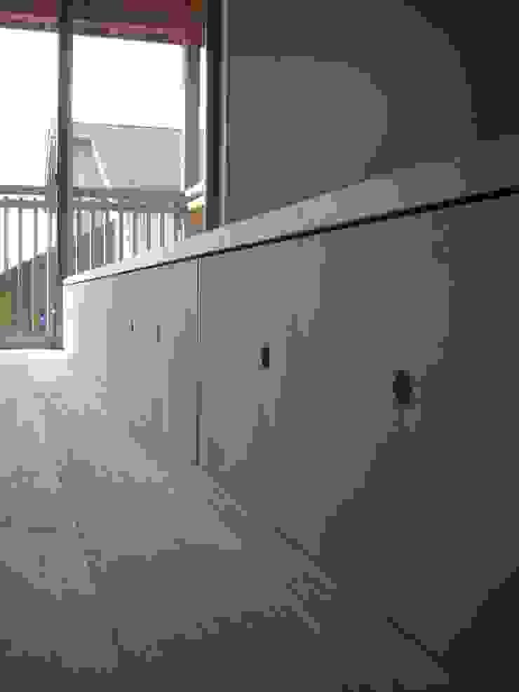 安曇野に薫る和(輪)の家 カントリースタイルの 寝室 の 設計室a‐ray カントリー
