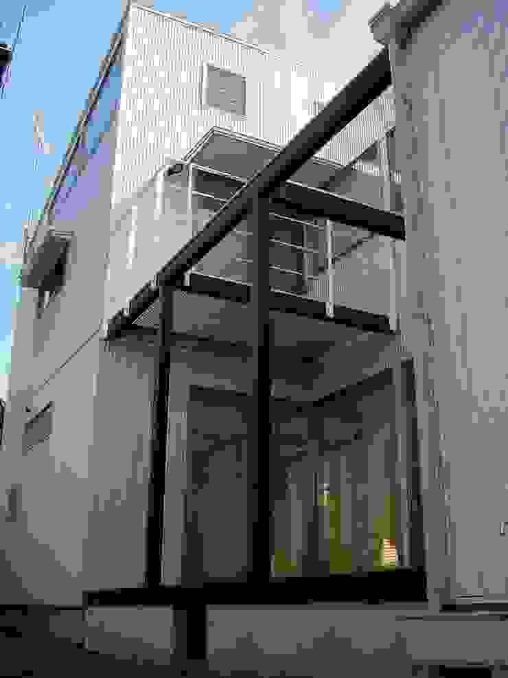 K-HOUSE モダンな 家 の 雨川建築設計室 モダン 鉄/鋼