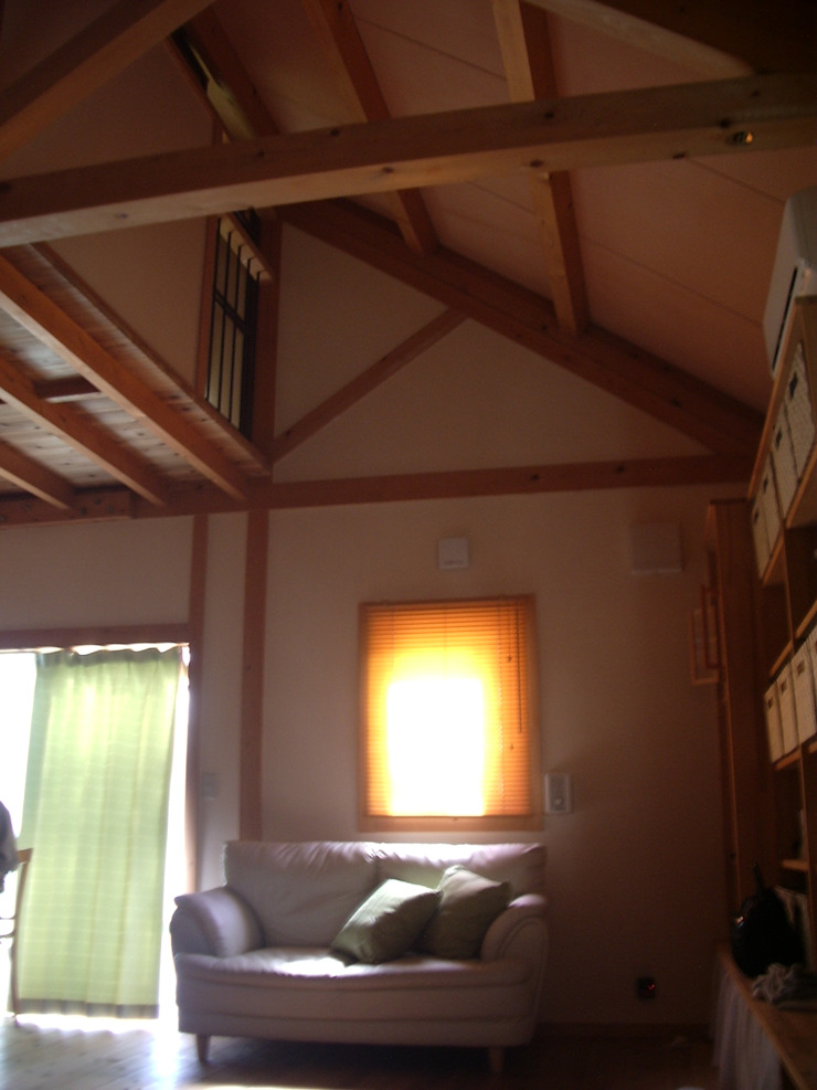 対束トラスの平屋住宅 オリジナルな 家 の 木造トラス研究所・株式会社 合掌 オリジナル 木 木目調