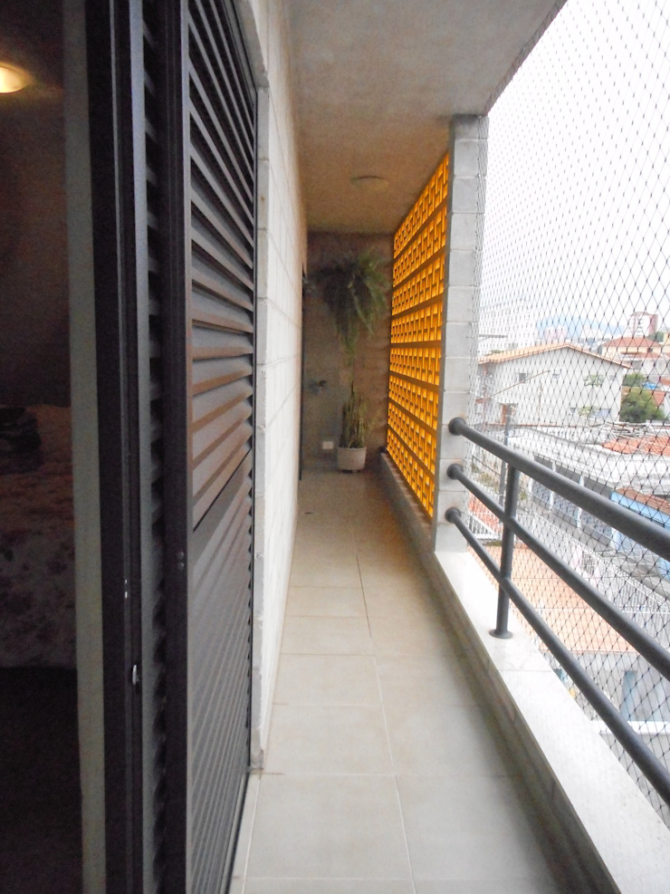 Metamorfose Arquitetura e Urbanismo Balcones y terrazas de estilo rústico