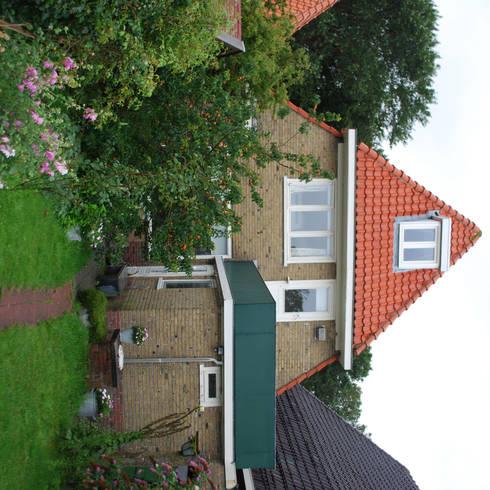 Uitbreiding woning Terschelling:  Huizen door Heldoorn Ruedisulj Architecten