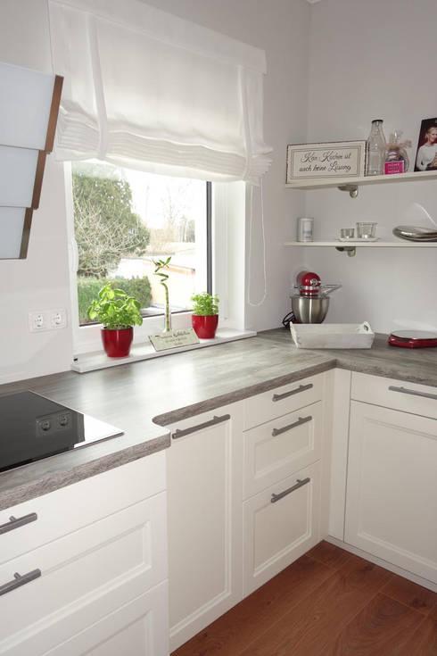 Cocinas integrales de estilo  de Stilschmiede - Berlin - Interior Design
