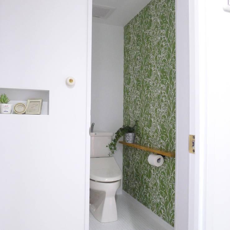 トイレ: 株式会社K's建築事務所が手掛けた浴室です。