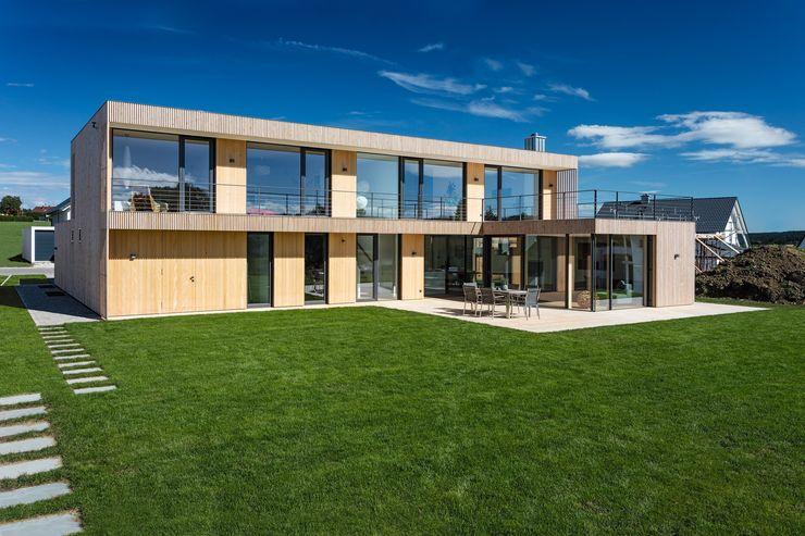 Wohnhaus bei Rottweil schwarzwälder design zieht ein Holzhaus