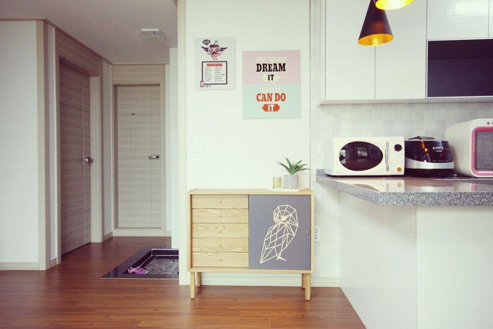 [홈라떼] 기존 가구 활용해 아늑한 집 꾸미기 - 주방: homelatte의  주방
