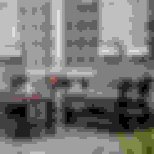 بلكونات وشرفات تنفيذ Casa Bruno American Home Decor
