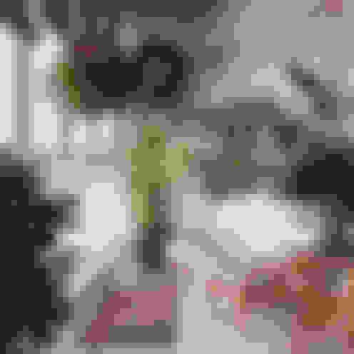 Jardines de invierno de estilo  por студия дизайна 'Крендель'