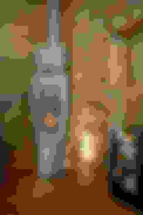Salas/Recibidores de estilo  por Wandkult