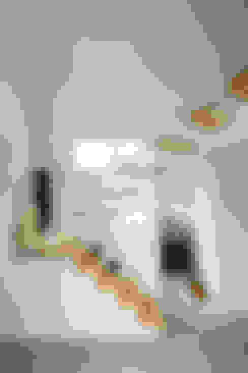 走廊 & 玄關 by Kikumi Kusumoto/Ks ARCHITECTS