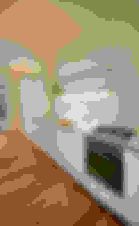 Offene Küche:  Küche von Nickel Architekten