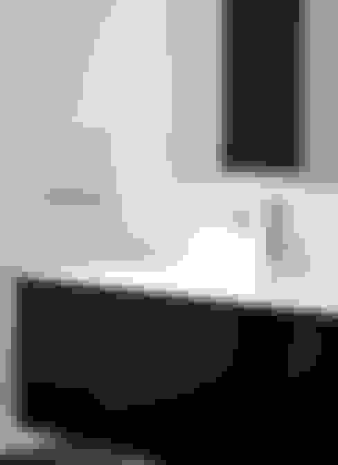 Bathroom by Enblanc