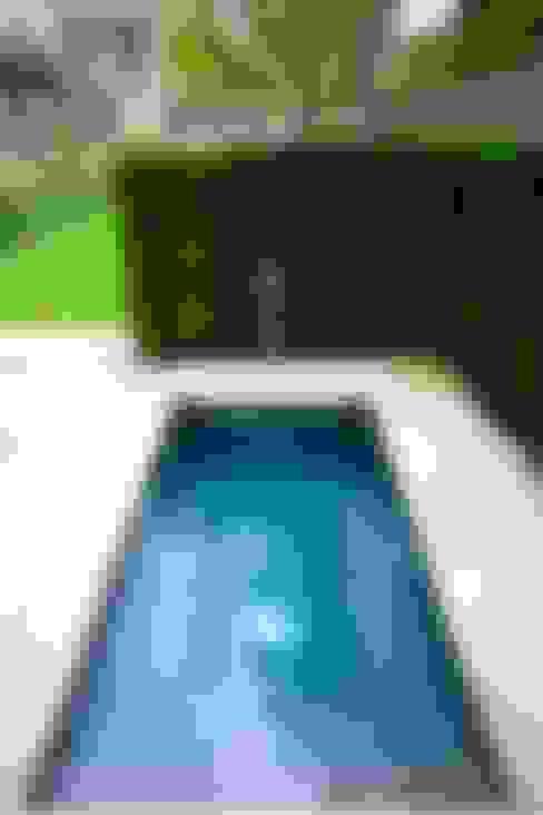 مسبح تنفيذ London Swimming Pool Company