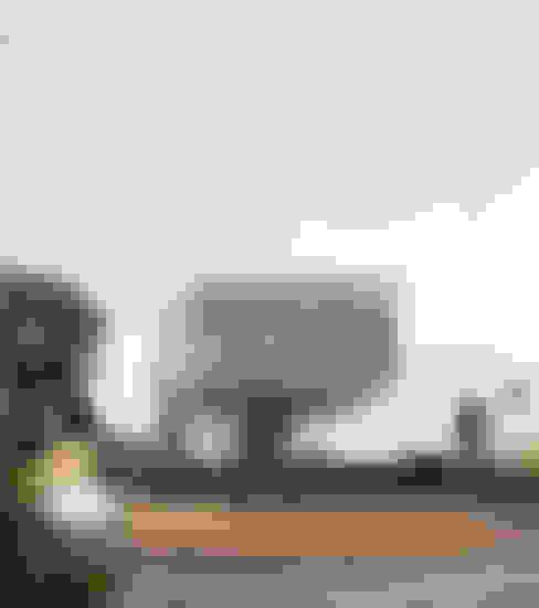 Casas de estilo  por Adam Knibb Architects
