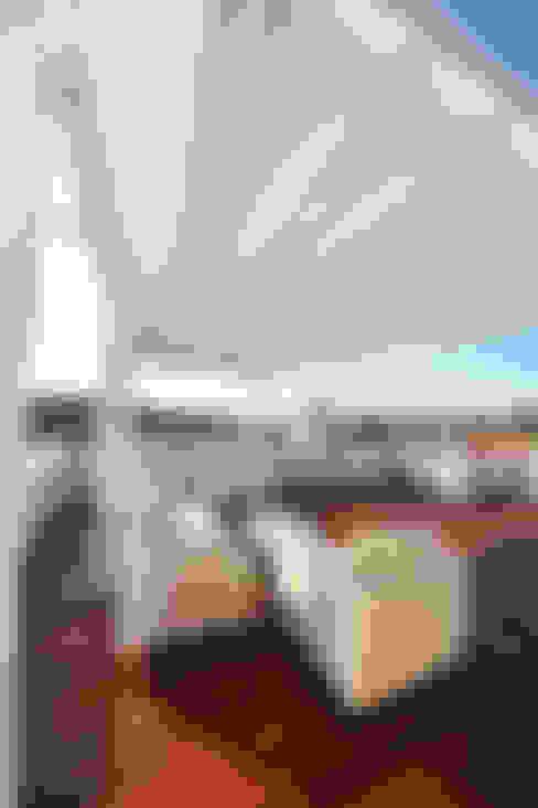 Terrazas de estilo  por studio architettura battistelli roccheggiani